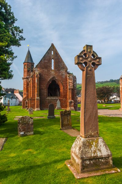 Fortrose Cathedral photo, The south aisle and chapel