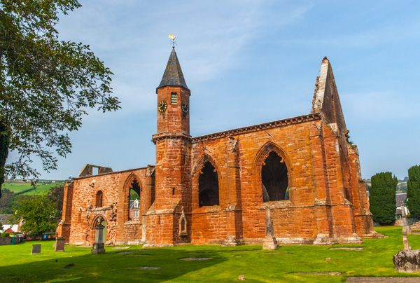 Fortrose Cathedral photo, Another view of the south aisle and chapel