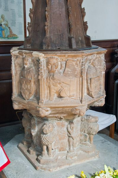Framlingham, St Michael's Church photo, The Font