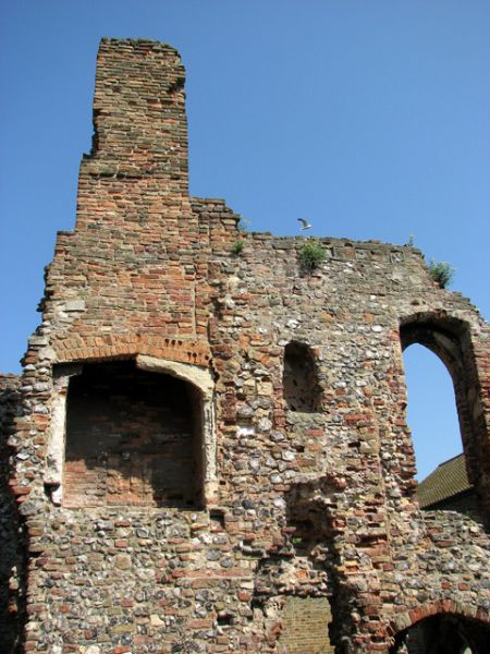 Great Yarmouth photo, The Friary ruins (c) Evelyn Simak
