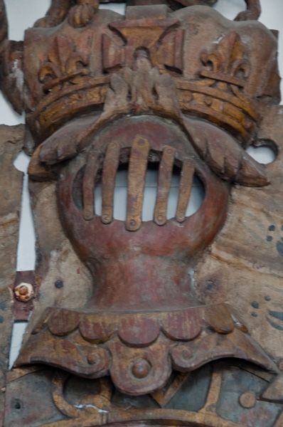 Friston, St Mary's Church photo, Carving on royal coat of arms