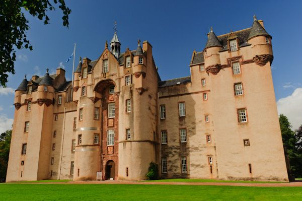 Fyvie Castle photo, Main castle entrance
