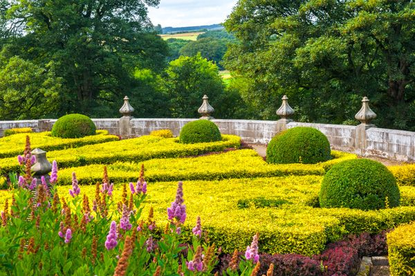 Gawthorpe Hall photo, The formal parterre below the house