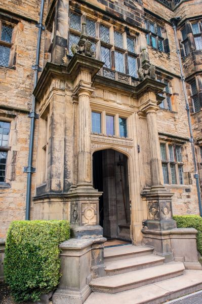 Gawthorpe Hall photo, The house entrance