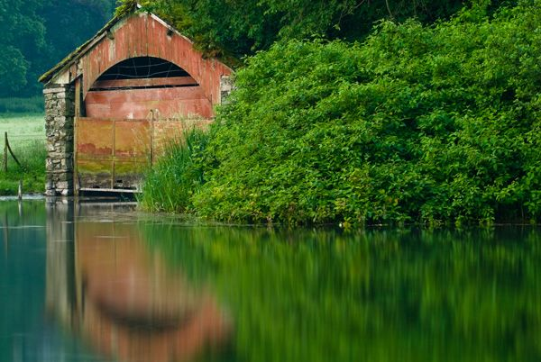 Glenridding photo, A boat house by the water's edge