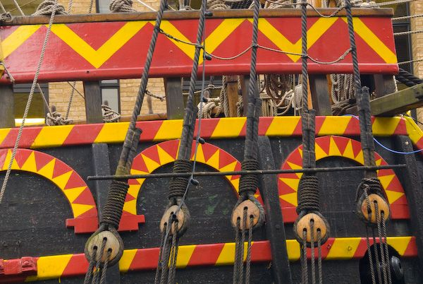 Golden Hinde photo, The starboard side