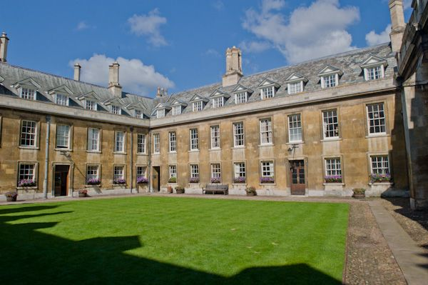 Gonville and Caius College photo, Gonville Court