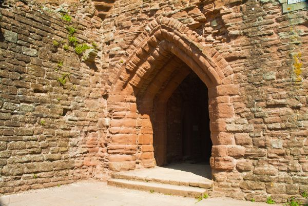 Goodrich Castle photo, Medieval doorway inside the castle