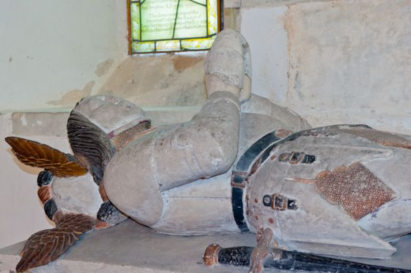 Great Bedwyn photo, Sir John Seymour effigy