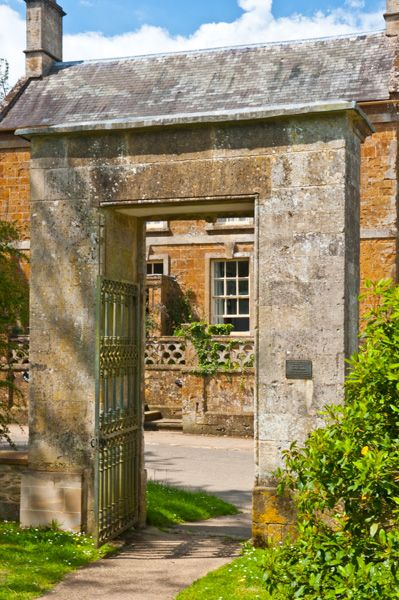 Great Tew, St Michael's Church photo, The 17th century gateway entrance (rear view)