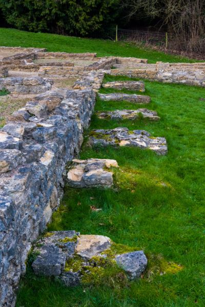 Great Witcombe Roman Villa photo, The long gallery foundation wall