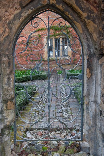 Greys Court photo, A garden gateway