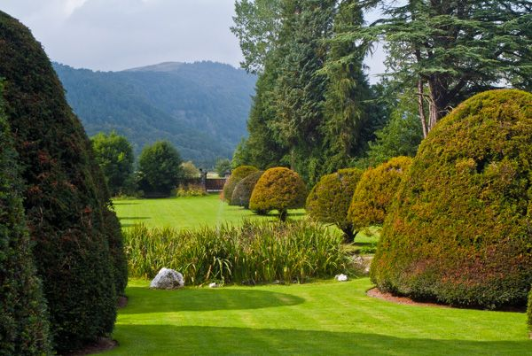 Gwydir Castle photo, Looking away from the house