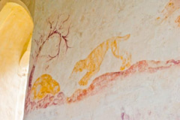 Hailes Church, Gloucestershire photo, Hunting dog and rabbit wall painting