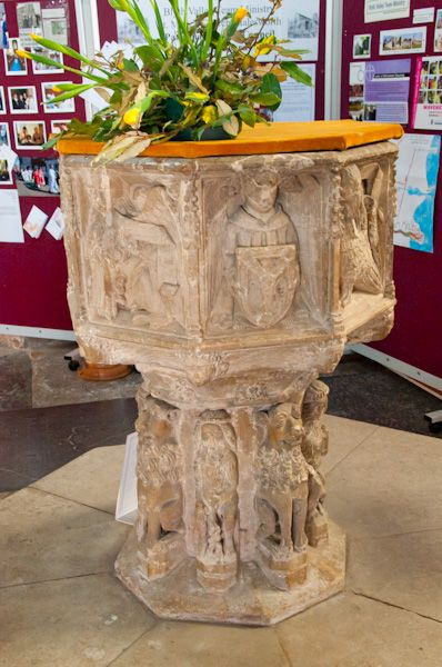Halesworth, St Mary's Church photo, Perpendicular font