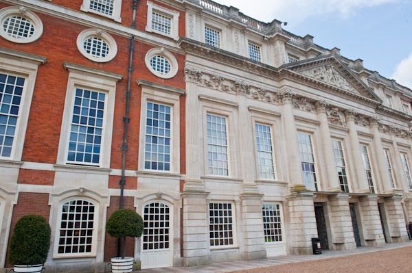 Hampton Court Palace photo, The Baroque rear frontage
