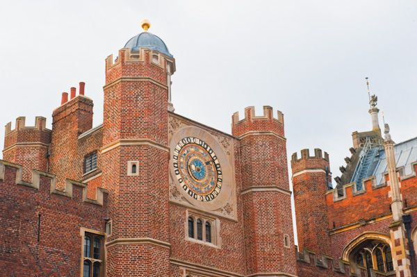 Hampton Court Palace photo, Clock Court