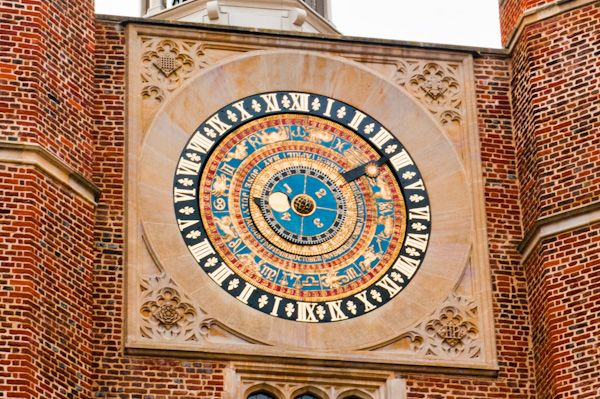 Hampton Court Palace photo, Henry VIII's Astronomical Clock