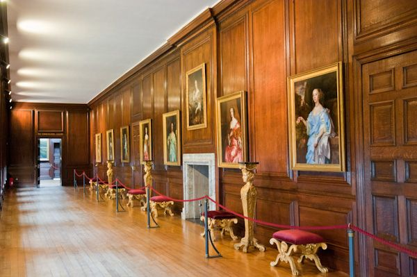 Hampton Court Palace photo, The Communications Gallery