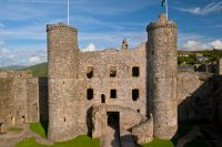 Harlech Castle, Gatehouse towers