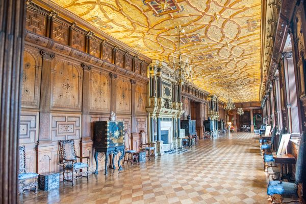 Hatfield House photo, The Long Gallery