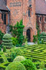 Hatfield House, The Old Palace and gardens