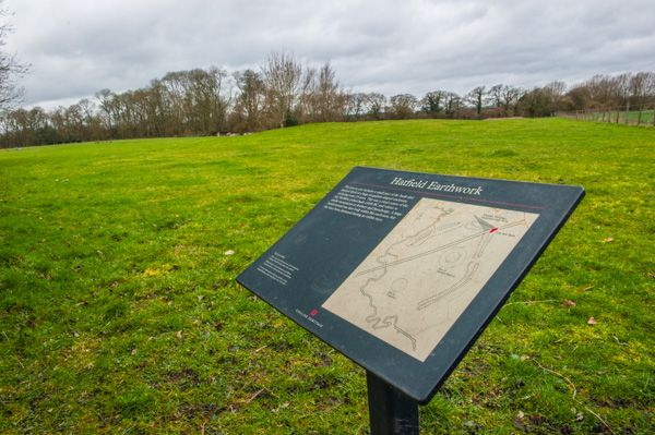 Hatfield Earthworks (Marden Henge) photo, English Heritage information panel at the site entrance
