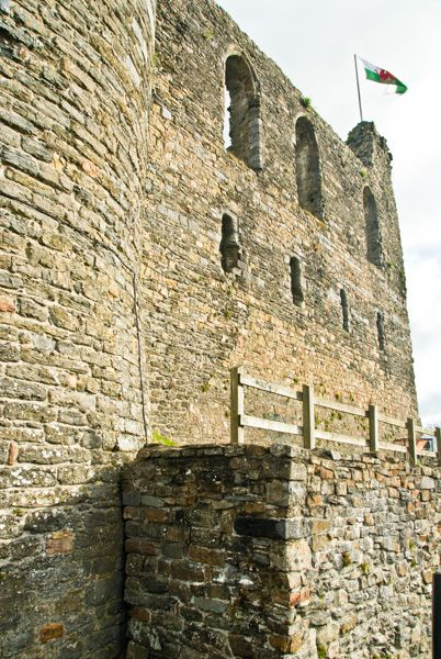 Haverfordwest Castle  photo, The exterior wall