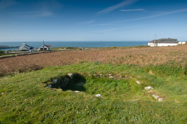 Holyhead Mountain Hut Circles photo, Rectangular hut foundations