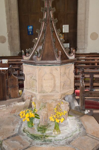 Horham, St Mary's Church photo, The font