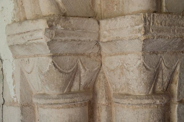 Horham, St Mary's Church photo, Norman column capitals