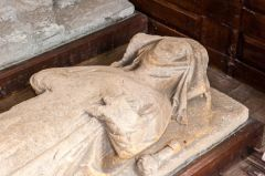 Lady Beatrice de Braose effigy