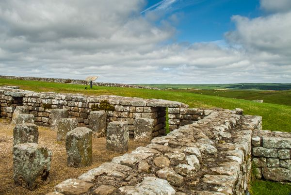 Housesteads Fort (Hadrian's Wall) photo, Ruins of the granary
