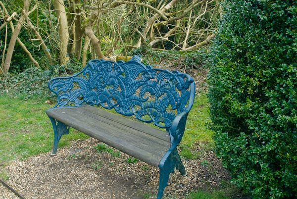 Hughenden Manor photo, Garden bench
