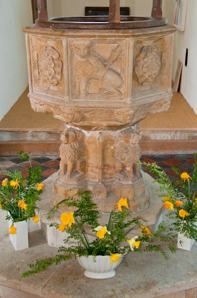 Huntingfield, St Mary's Church photo, Perpendicular font