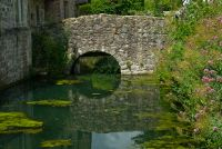 Ightham Mote, Footbridge