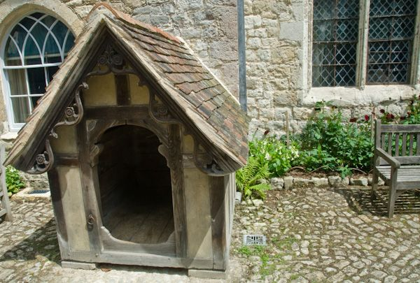Ightham Mote photo, Victorian kennel