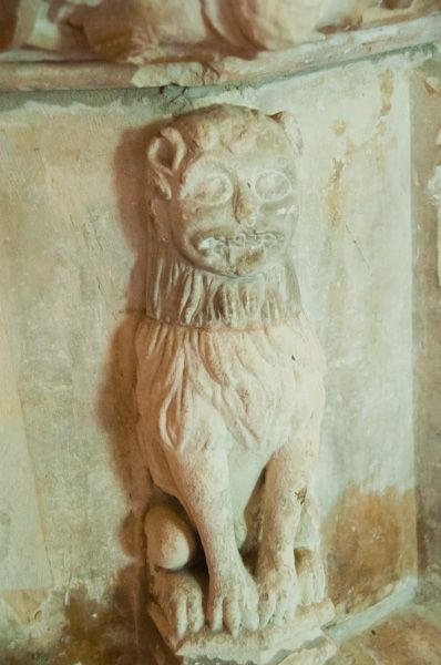 Iken, St Botolph's Church photo, Lion carving on font