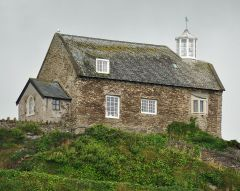 Ilfracombe, Another view of St Nicholas Chapel (c) Nilfanion