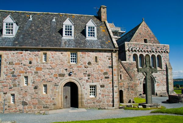 Iona Abbey photo, The main abbey entrance