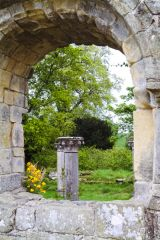 Jervaulx Abbey, Looking through a window arch