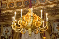 Kensington Palace, Gilded chandelier in the Cupola Room