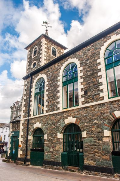 Keswick photo, Side view of the Moot Hall