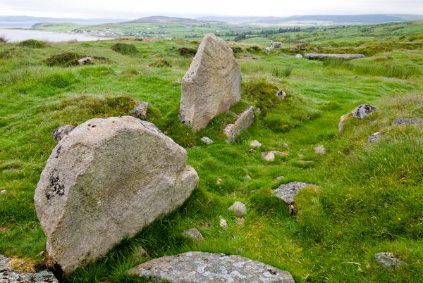 Kilpatrick Dun photo, Stones within the Dun
