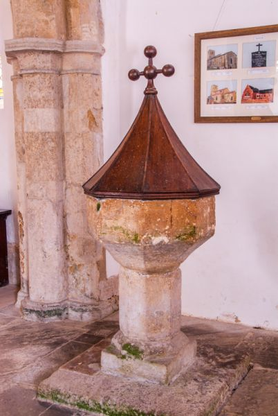 Kingerby, St Peter Church photo, The medieval font