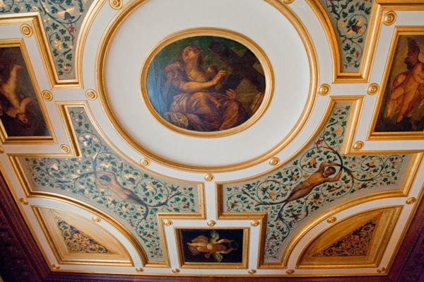 Kingston Lacy photo, State Bedroom ceiling