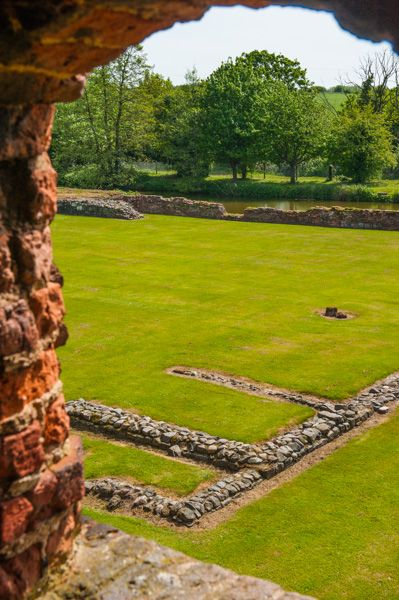 Kirby Muxloe Castle photo, The castle interior from the gatehouse