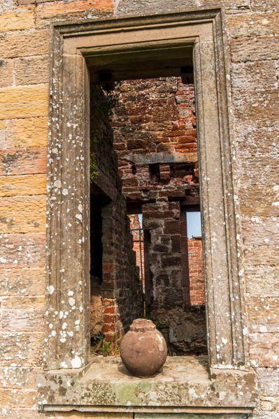Kirklinton Hall photo, A Jacobean window