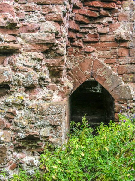 Kirkoswald photo, Doorway arch in the castle tower