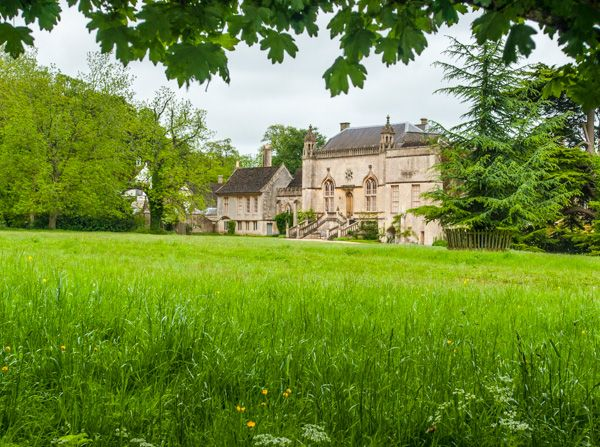 Lacock Abbey photo, The Abbey from the grounds
